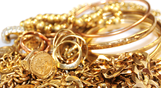 Jewelry Tips Differences between Real vs Fake Gold
