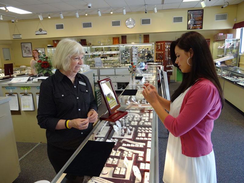 jewelry stores columbia sc jewelry warehouse west columbia sc 3131