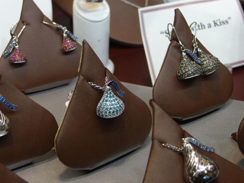 Employee pick hersheys kiss satterfields jewelry warehouse blog the hersheys kiss jewelry mozeypictures Choice Image
