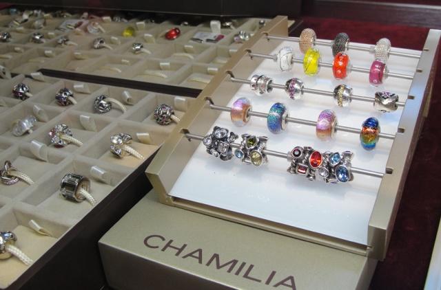 chamilia1